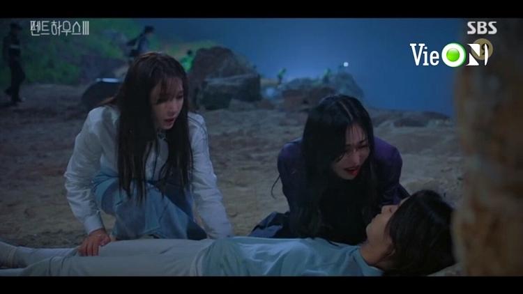 'Penthouse: Cuộc chiến thương lưu 3' tập 5: Oh Yoon Hee chết thật, Rona biết bác sĩ là bố ruột?