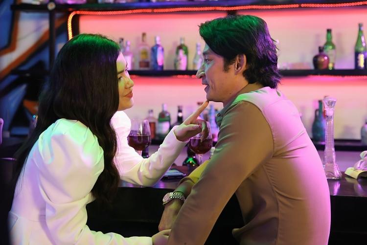 'Vợ hai' tập 2: Gây sốc với cảnh nóng táo bạo của Diễm Trần và Huy Khánh
