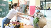 Hoa khôi Huỳnh Thúy Vi phủ sóng chung tay thiện nguyện từ Cần Thơ đến Sài Gòn