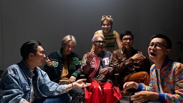 Wren Evans gợi mở những thông điệp thú vị về tình yêu qua trò chơi 'Musical Chair' trong MV mới