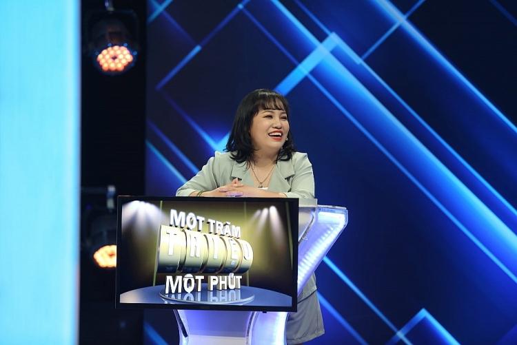 Dương Thanh Vàng xuất hiện với hình ảnh thanh tú sau thẩm mỹ