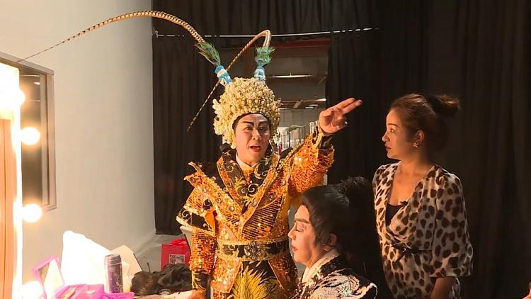 Nghệ sĩ Lê Tín lần đầu tiết lộ với khán giả về giai đoạn bí bách không lối thoát khi mưu sinh trên đất Mỹ