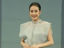 MC Phí Linh kể chuyện 'sáng nào cũng được chồng hôn' ở hậu trường gameshow 'Chọn đâu cho đúng'