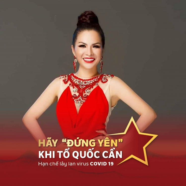 Hoa hậu Lê Thanh Thúy tặng hơn 14 tấn chanh, sả, gừng và thực phẩm hỗ trợ người dân chống dịch
