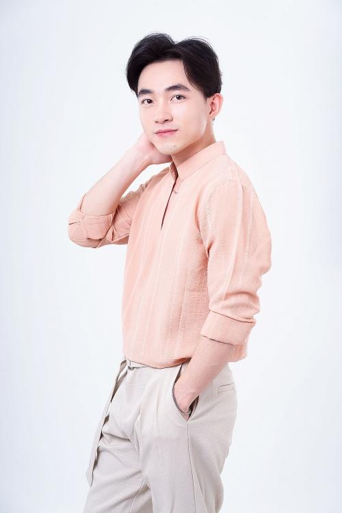 Trở lại với bolero, ca sĩ Trung Quang lần đầu hợp tác cùng Mai Thiên Vân