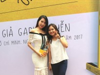Ca - nhạc sĩ Đỗ Thụy Khanh rạng rỡ đến mừng Gari Nguyễn ra mắt sách mới