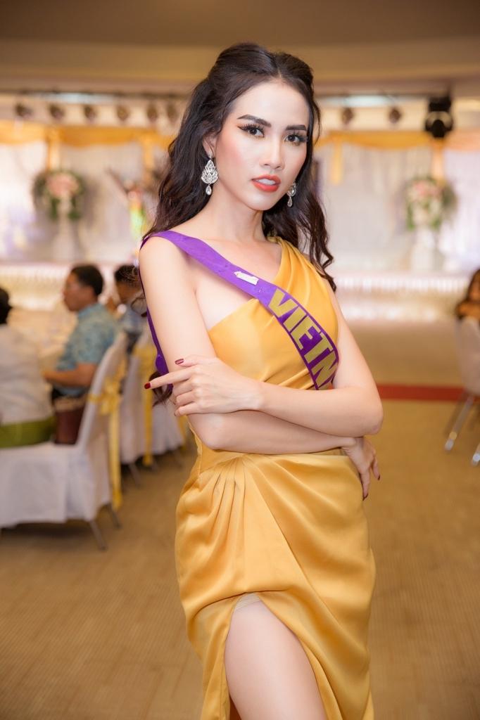 phan thi mo xuat sac lot top 10 trang phuc eco tourism voi ao dai hoa tiet an tuong