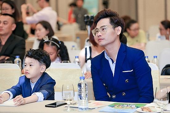 nhan loi moi cua dai kansai tv nhat ban mc hong phuc thuy ngan lam dai su du lich cung trai nghiem van hoa xu hoa anh dao