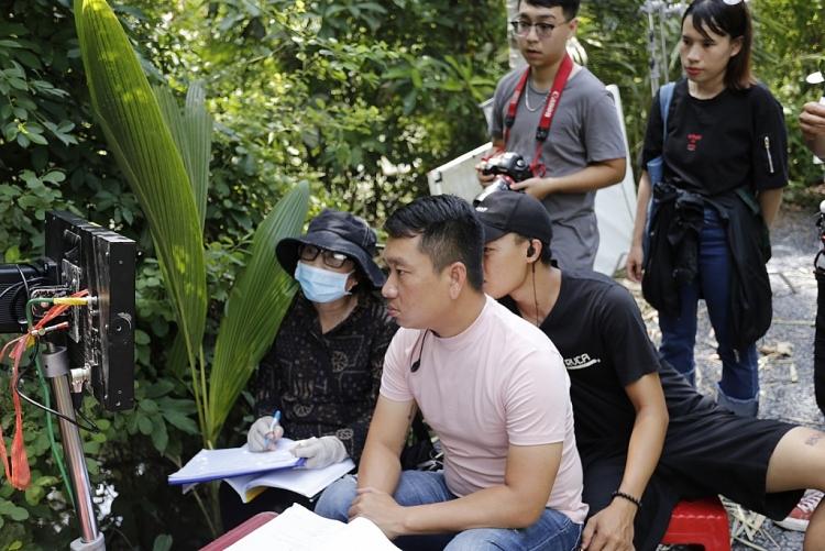 phim bac kim thang tung poster gay tranh cai