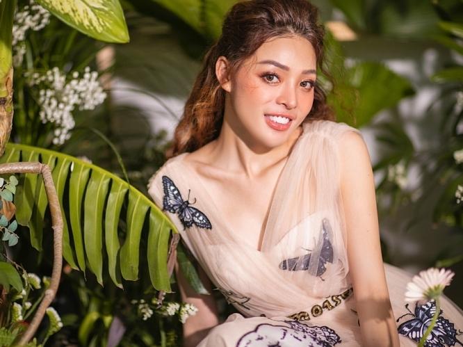 Trần Phương Hà tung bộ ảnh kỷ niệm 1 năm đăng quang 'Hoa hậu sắc đẹp toàn cầu châu Á'