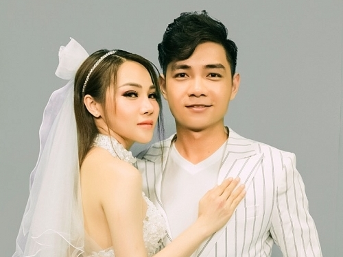 Rò rỉ ảnh cưới của Á quân 'Duyên dáng Bolero' Bích Ly và MC Nhật Trường