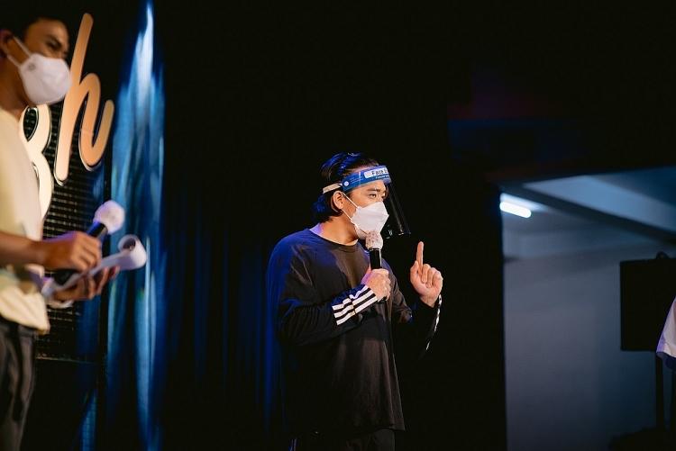 'Thành phố 18h' số 2: H'Hen Niê lần đầu làm MC, kể chuyện về những ngày làm tình nguyện viên