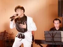 Gala 'Ca sĩ thần tượng': Top 4 chung kết hát live ca khúc của idol hay 'như nuốt đĩa'