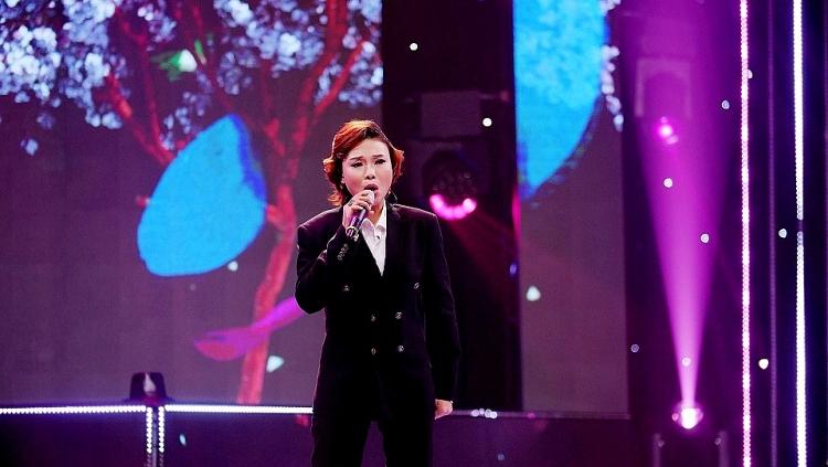 Thái Bảo hóa 'quý ông' trong đêm chung kết, bứt phá thuyết phục giành Quán quân 'Hãy nghe tôi hát 2021'