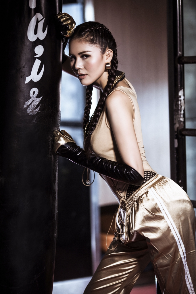 a hau kim nguyen xa stress bang boxing