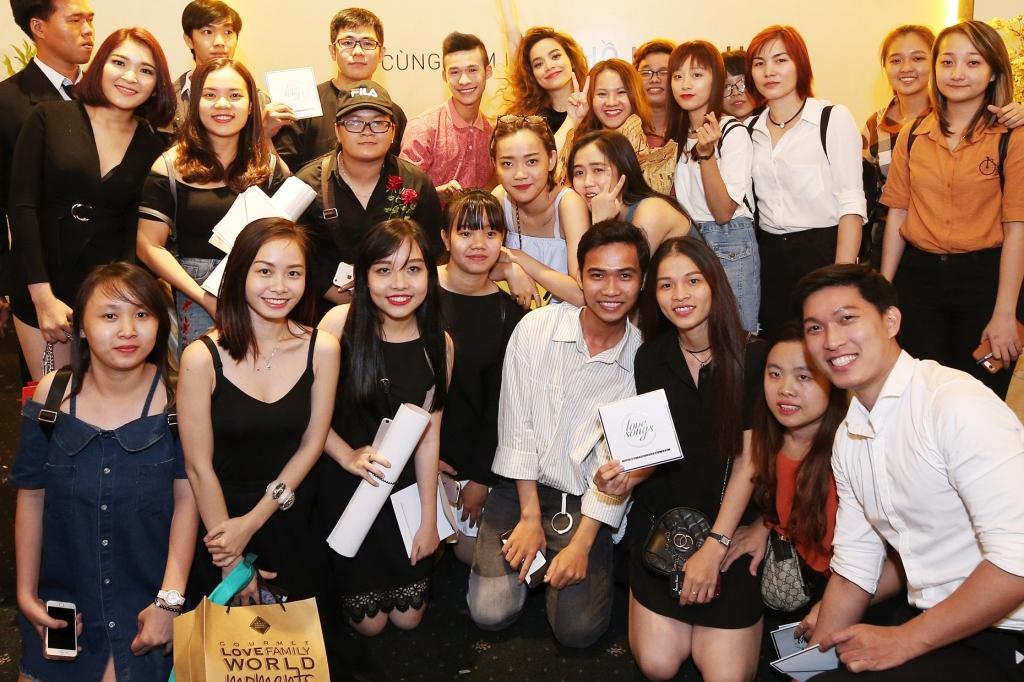 ho ngoc ha phat hanh dvd love songs chua day 1 thang sau show dien