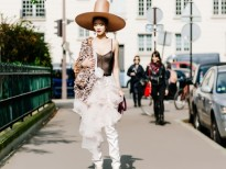 maya gay chu y ngay ngay dau tien cua paris fashion week