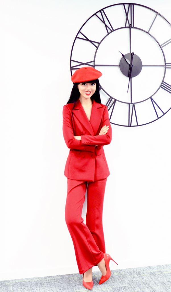 hon 200 nguoi mau co tieng cua phap hao huc di casting fashion show cua viet nam tai paris