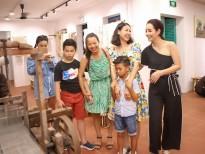 Hà Kiều Anh đưa em trai và các con khám phá Hội An cùng Mai Thu Huyền