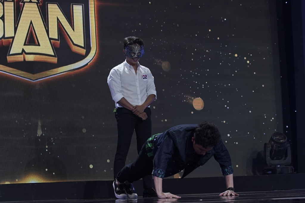 hari won lien tuc khen trai dep tran thanh tuc gian tu nhan minh moi la ngon nhat