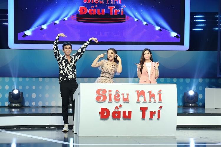 sieu nhi dau tri tap 3 to ve ngo ngo nhung kha ly cuc ky thong minh khi choi game kien thuc
