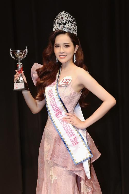 le bao tuyen bat ngo dang quang miss tourism asia ambassador 2019