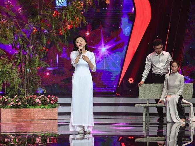 Sao nhí 'Hãy nghe tôi hát' Quỳnh Anh sở hữu 3 huy chương bạc đờn ca tài tử