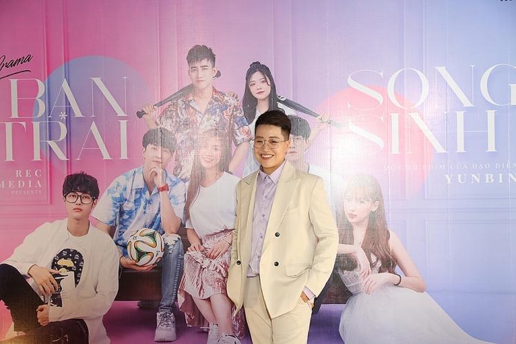 web drama ban trai song sinh phim ve de tai thanh xuan vuon truong hua hen gay bao nua cuoi nam 2020