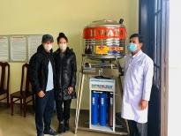 Lý Hải, Minh Hà tặng máy lọc nước ngọt tinh khiếtcho bà con đồng bào K'Ho
