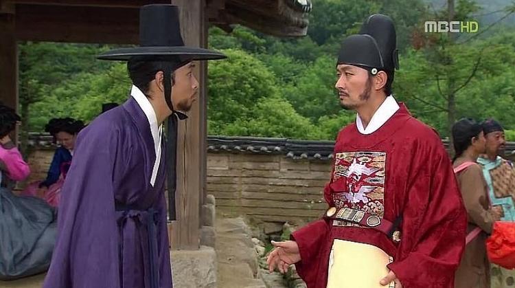 nam chinh hoa mi trong mua kim yoo suk hoa ra tung la nhan vat gay song gio trong sieu pham dong yi 10 nam truoc