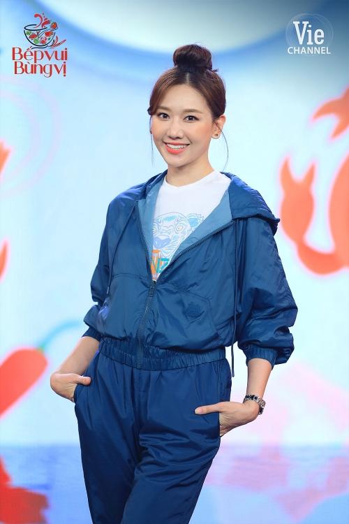 hari won bi truong giang lat tay trong hau truong show moi