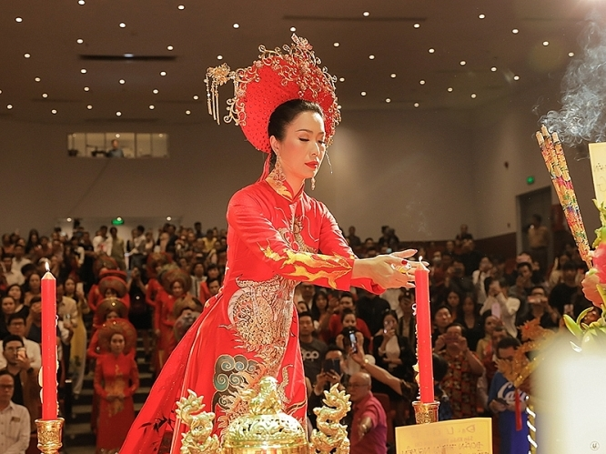 nsut trinh kim chi to chuc le ruoc va dang huong len to nghiep