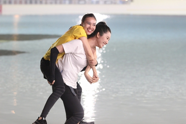 Hé lộ ảnh hậu trường dàn cast 'Running Man Vietnam' tại Hàn Quốc