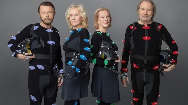 Huyền thoại ABBA gây bão toàn cầu khi trở lại cùng lúc với 2 ca khúc sau 40 năm