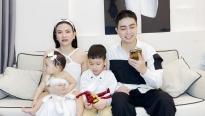 'Ở nhà vui mà': Khám phá hoạt động một ngày của hai mẹ bỉm Julia Đoàn và ca sĩ Thu Thủy