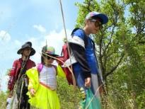 Top 5 'Vietnam Idol Kids 2016' Thiên Tùng trải nghiệm cuộc sống trong rừng sâu không người lớn