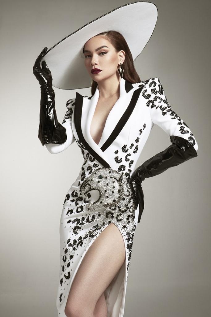 ho ngoc ha chinh thuc xac nhan lam giam khao khach moi tai asias next top model