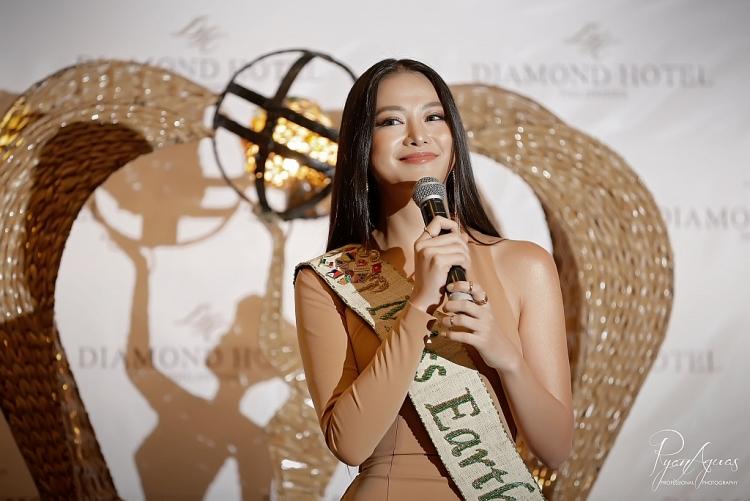 hoa hau phuong khanh tiet lo bi quyet chinh phuc giam khao miss earth 2019
