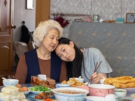 'Lời từ biệt': Câu chuyện có thật về tình bà cháu,về tình cảm gia đình thiêng liêng