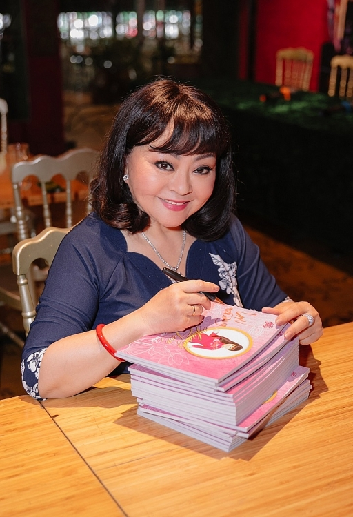 danh ca huong lan huong lan mot doi san khau con nhieu thieu sot nhung khong the lam lan thu 2