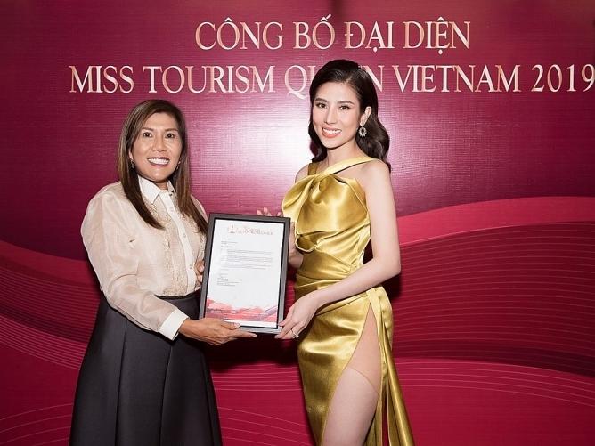 a khoi duong yen nhung chinh thuc tham du hoa hau du lich the gioi 2019