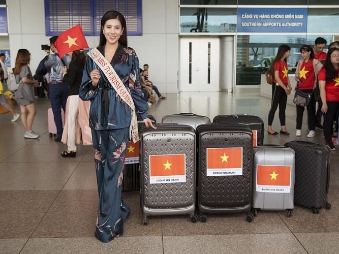 duong yen nhung mang 8 vali hanh ly sang chinh chien o philippines