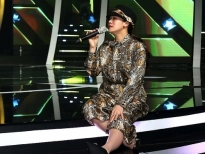 'Chinh phục thần tượng': Nhật Kim Anh bị rách dây chằng vẫn nén cơn đau tập luyện cho thí sinh