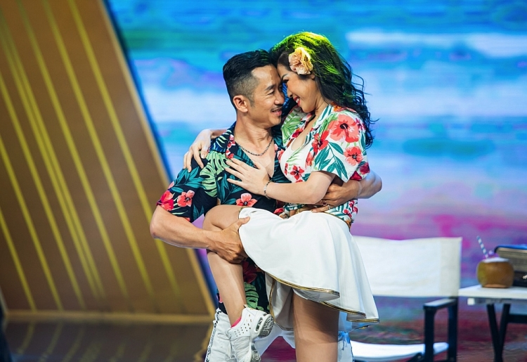 vu dieu vang bat ngo lot vao top 3 chuong trinh an khach khung gio 20h30 21h30 cua htv