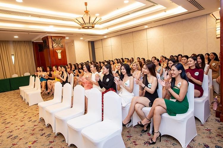 lo dien ban giam khao cuoc thi miss tourism vietnam 2020