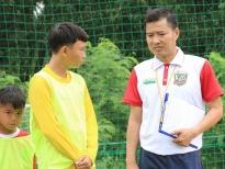 'Cầu thủ nhí 2020':HLV Nguyễn Hồng Sơn thẳng tay loại học trò vì bắt nạt đồng đội