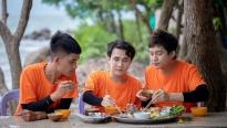 Mạc Văn Khoa - Huỳnh Lập - Hữu Đằng thưởng thức mâm hải sản 'cực xịn' ở đảo Hải Tặc