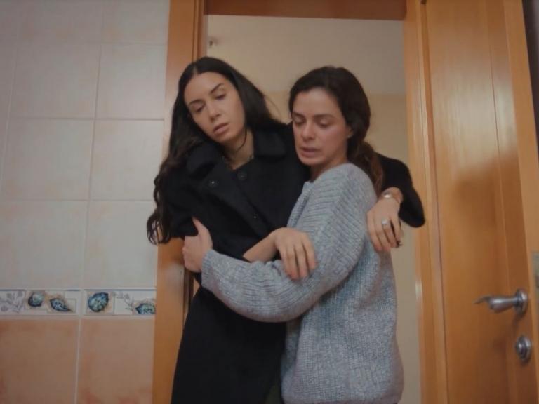 'Trái tim phụ nữ': Lén nghe Sarp và Bahar nói chuyện, Piril đau khổ uống thuốc tự sát