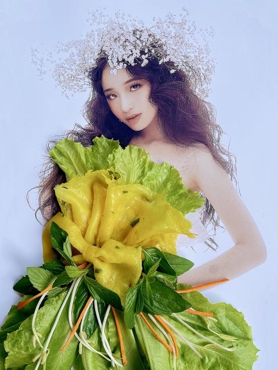 Nàng thơ nhí Bảo Hà xuất hiện đặc biệt trong BST các loại bánh của NTK Nguyễn Minh Công