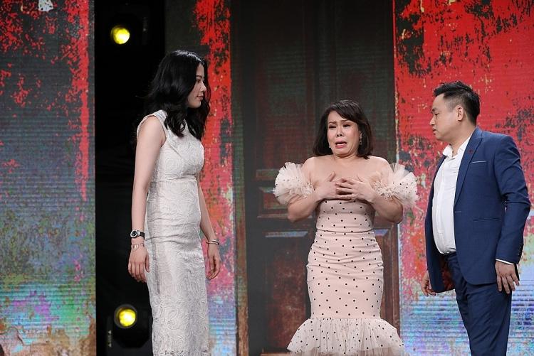 'Tiếp chiêu đi chờ chi': Việt Hương 'khóc lóc' vì bị chồng bỏ, Nam Em hăng hái 'đánh ghen'